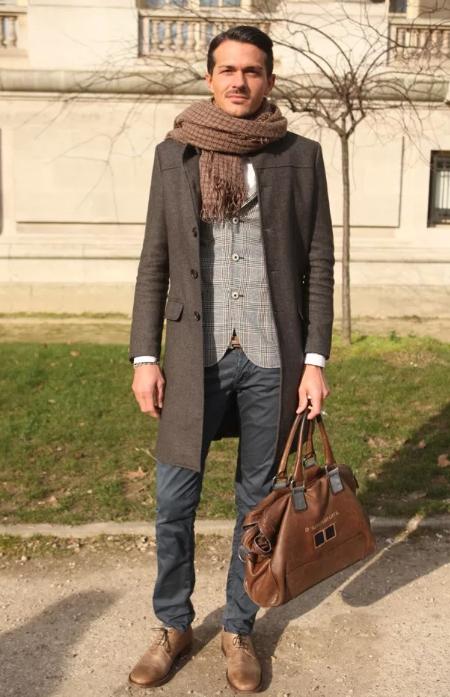 Пальто мужское с шарфом фото